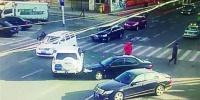 女司机出事故拒撤离再被罚 200元 - Syd.Com.Cn