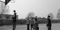 葫芦岛:一个不能少 村小教师坚守四学生 - 辽宁频道