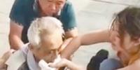辽宁大二女生丁慧20分钟救醒车站昏迷老人 - 辽宁频道