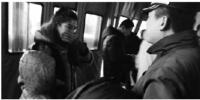 迷糊孩子下错火车站 热心乘务员帮他找妈妈 - 辽宁频道